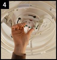 シーリングライトを違う照明に取り替える 手順4